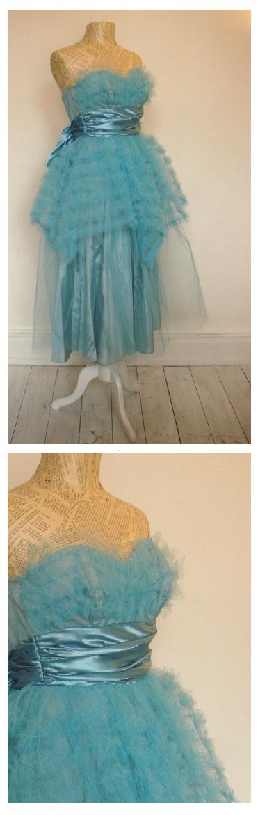 Vintage_dress_baby_blue_net_26307