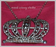 Crown_necklace