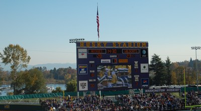Huskies_game_028