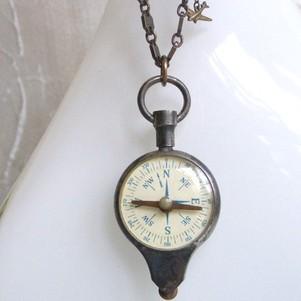 Vintage_compass